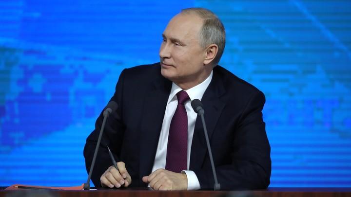 В Сети выбрали самый смешной вопрос пресс-конференции Владимира Путина. Американский - видео
