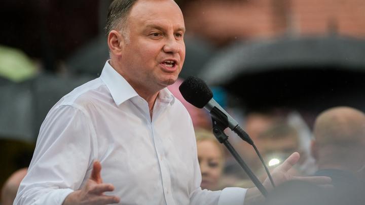 Поляки не поддержали президента Дуду на голосовании. Виноваты войска США