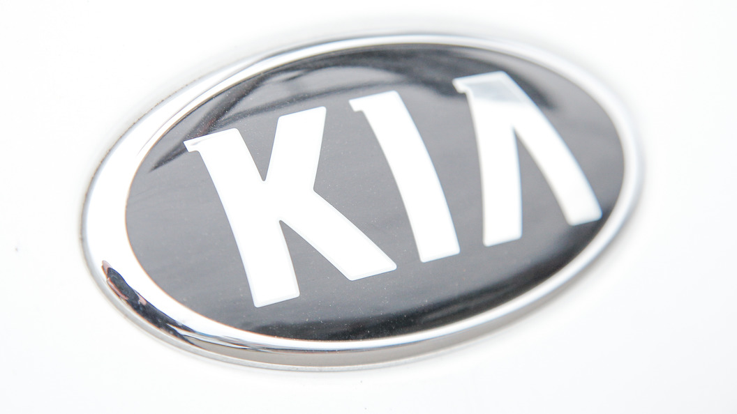 KIA показал внедорожник Sorento 2017 на семь мест
