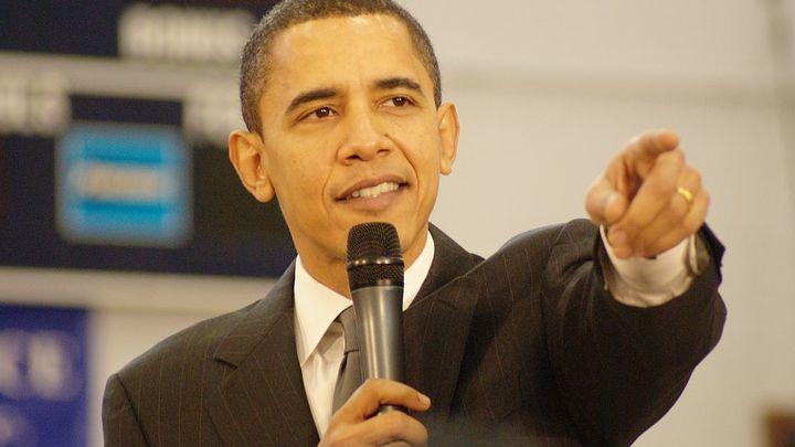 Обама приходит в себя от президентства на острове миллиардера Брэнсона