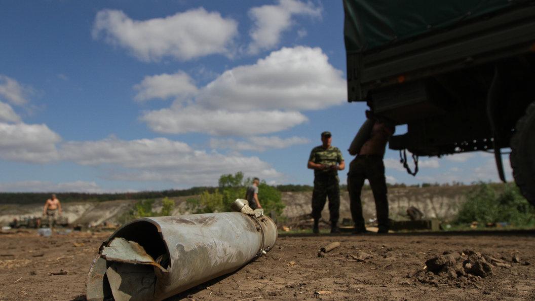Поле с пшеницей выгорело в ЛНР после обстрелов ВСУ