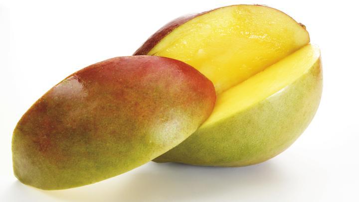 Корзинка манго разделила людей на два фронта: Скромная просьба курьера вызвала споры
