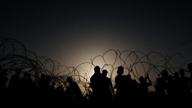 Израиль отомстил за смерть солдата на границе трехчасовой бомбежкой сектора Газа