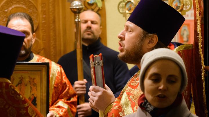 Православные верующие 27 сентября празднуют Воздвижение Креста Господня: Что принято делать