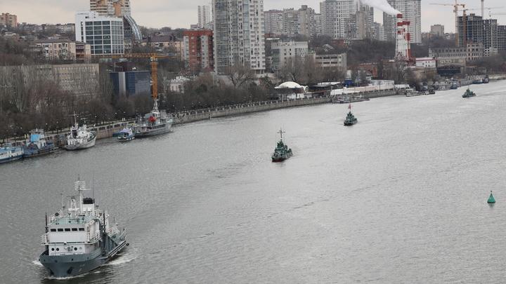 Проход боевых кораблей Каспийской флотилии по Дону в сторону Азовского моря попал на видео