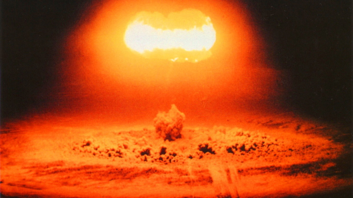 Товарищ прапорщик, может, бахнем?: Американцам ответили на ядерный удар по Москве