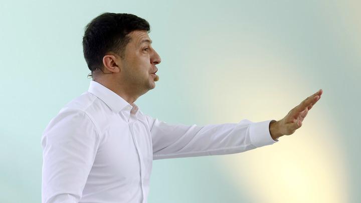 Просто местные рассказали: Зеленский пытается убедить, что не знал о вооруженных бандитах в Золотом
