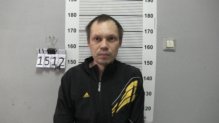 Автомеханик угнал мотоцикл, чтобы покатать девушку по Екатеринбургу