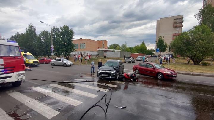 В Сарове при столкновении автомобиля и мотоцикла погиб 19-летний юноша