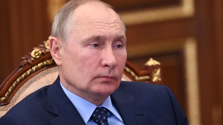 Путин о главной задаче: Проблему подъёма дохода граждан решим нелинейными методами