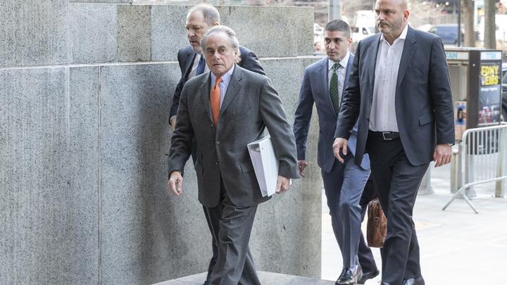 Адвокат Вайнштейна нехочет сообщать, почему отказался отзащиты своего клиента
