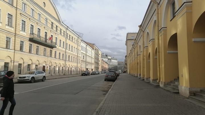 Тепло и сыро: в Петербурге рабочая неделя закончится дождями и грозами