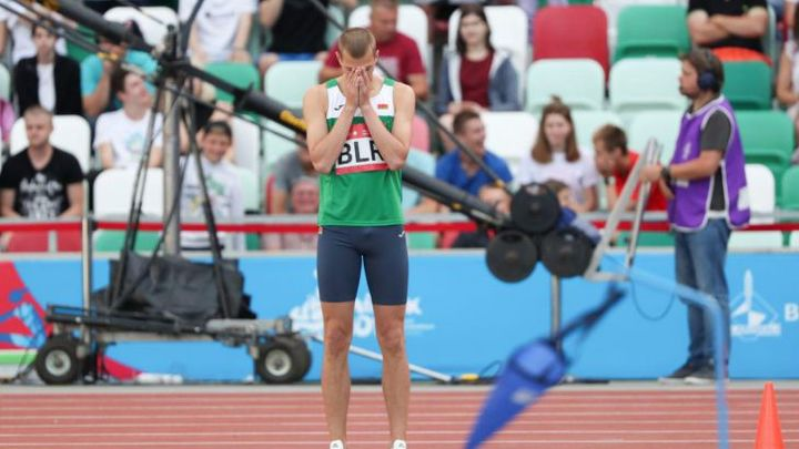 Белорусский легкоатлет вышел в финал ОИ на состязаниях по прыжкам в высоту
