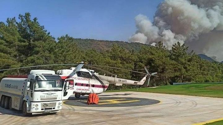 В Турцию вылетит третий белорусский вертолет для тушения пожаров