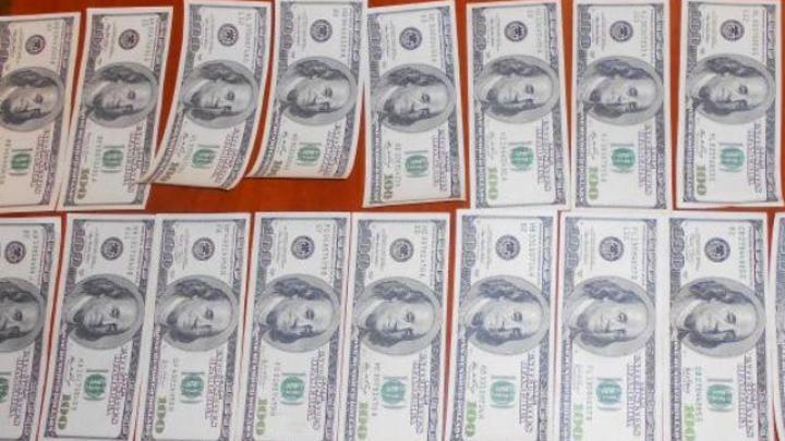 Контрабандист из Украины пытался проникнуть в Ростовскую область на машине, забитой валютой