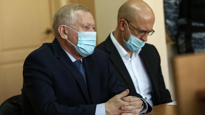 Жить станет легче: экс-мэру Челябинска Тефтелеву вернули квартиру и машину
