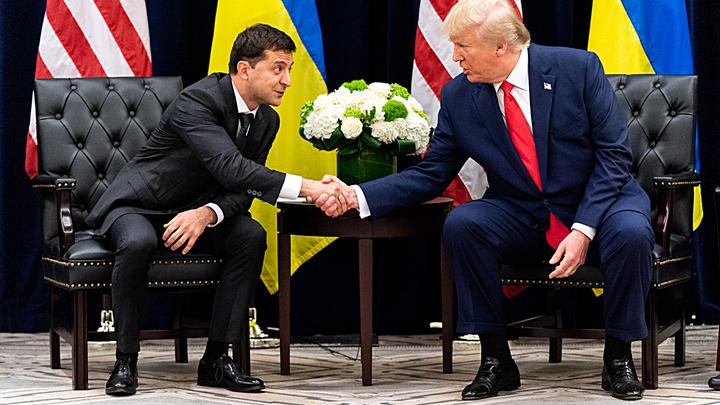 Зеленский сказал что-то не то Трампу? Помощь Украине заморожена сразу после общения президентов
