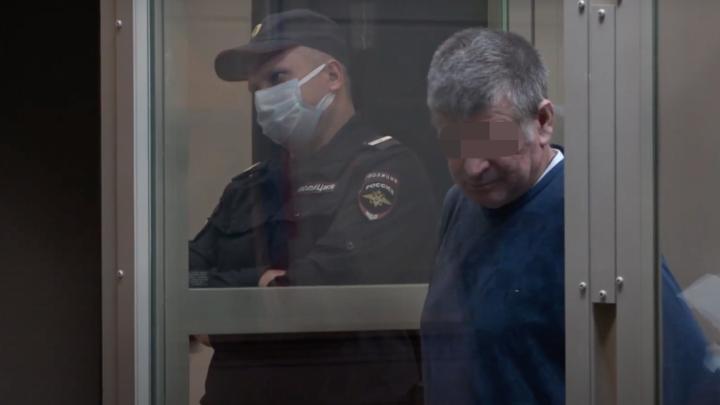 На Кубани пенсионера приговорили к 24 годам колонии за убийство жены и пасынка
