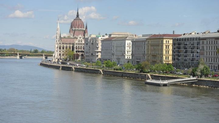 Посла Украины вызвали в Будапешт после критики сделки Газпрома и Венгрии