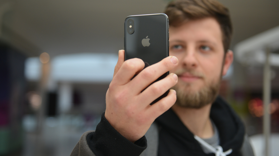 Правосудие по-американски Apple вчинили иск на $1 трлн за тайное замедление айфонов