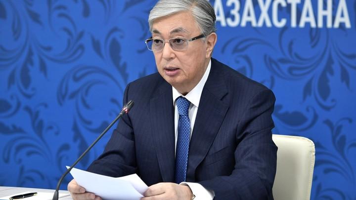 Главу ФОМС Казахстана уволили из-за хвастливой жены. Президент ищет менее гламурного чиновника