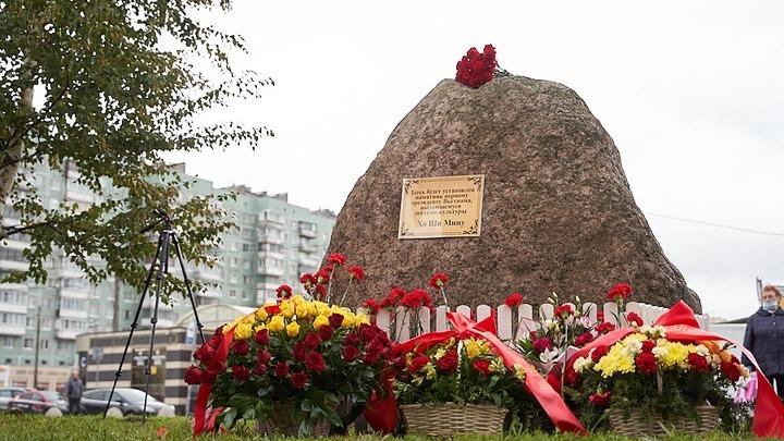 Дань уважения основателю вьетнамского государства: В Санкт-Петербурге установят памятник Хо Ши Мину