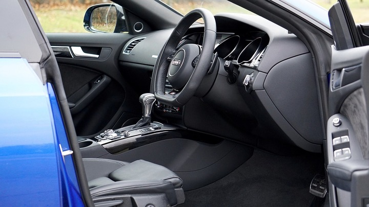 Audi объявила дату выхода заряженного хэтчбека RS3 Sportback