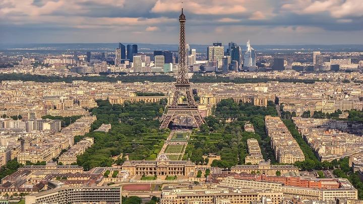 В Париже предотвратили теракт со смертником: четверо задержаны