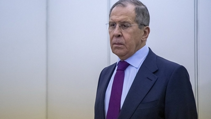 Ввести санкции за страдания русского народа от олигархов: Лавров тонко оценил рестрикции США