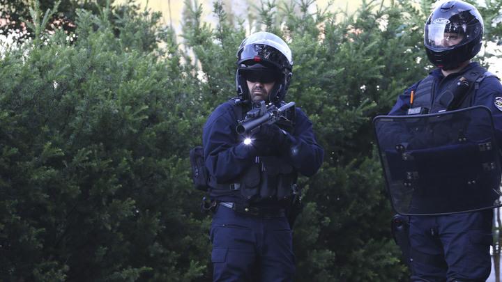 Пули доставили в письмах: Двум министрам Франции угрожают расправой и пистолетом кольт