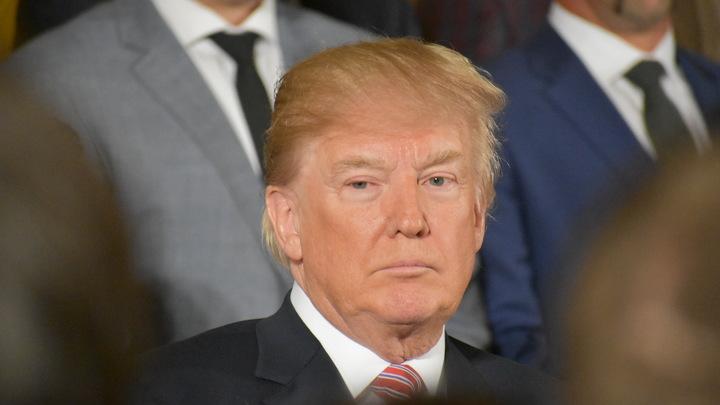 Трамп подписал бюджет США на 2018 год после угроз наложить на него вето