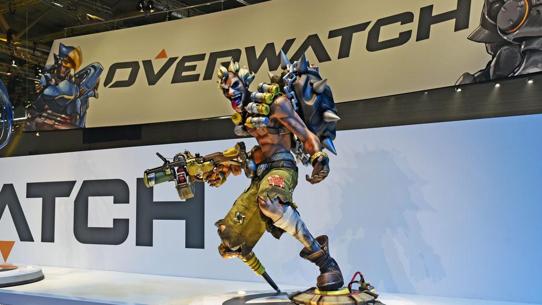 Судя повсему, Blizzard тизерит нового героя Overwatch
