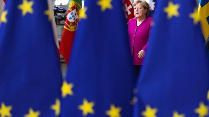 Продлить до 2020 года: Дипломаты ЕС одобрили продление санкций по Крыму - СМИ