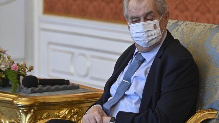 Россия научилась наказывать долларовыми розгами: Президент Чехии уже готовит срочное заявление