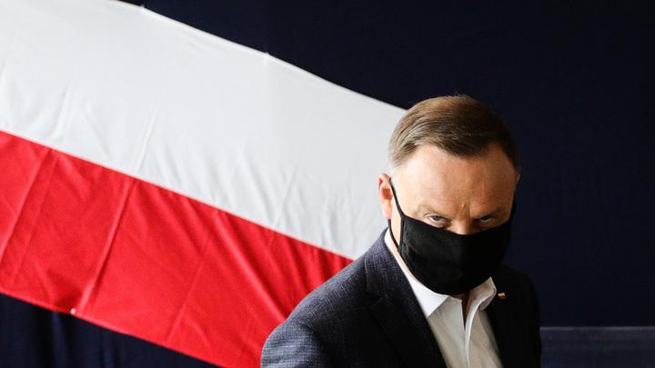 Подковёрная интрига между МИД и канцелярией президента: Пранкер заставил заикаться главу Польши