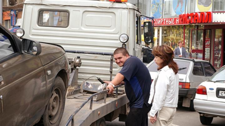 «Почти месяц безнаказанности»: В Краснодаре не работают эвакуаторы
