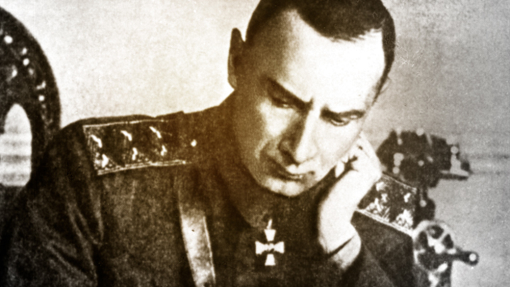 Кто боится адмирала Колчака