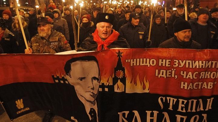 Документы ЦРУ об агенте Гитлера Бандере усилят украинских националистов, считает экс-советник президента Украины