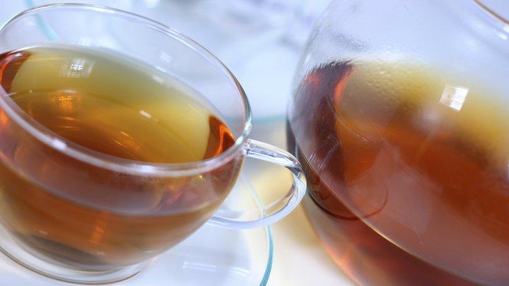 Чай с коронавирусом? Стало известно время жизни COVID в воде