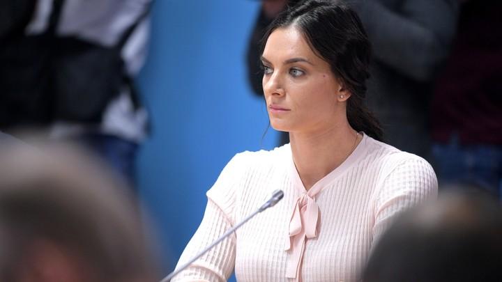 Олимпийская чемпионка Елена Исинбаева похоронила мать