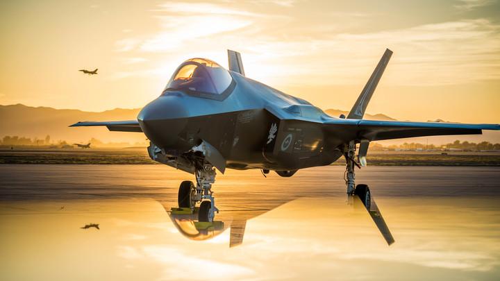 При выстреле снаряды уходят в сторону: Новейший истребитель F-35 провалил решающий тест Пентагона