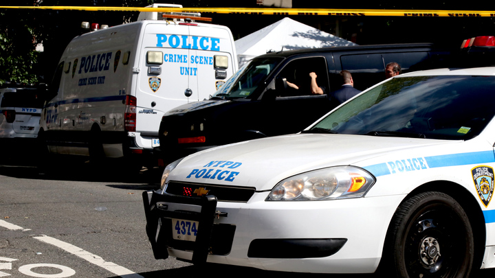 «Спасались от стрелка в туалете»: Мужчина в США устроил стрельбу возле банка