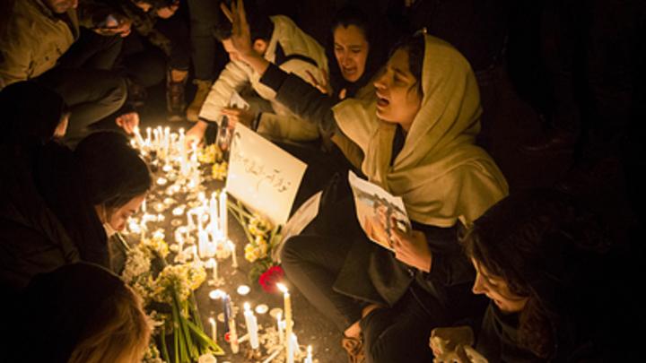 Задержание британского посла на митинге в Иране: Версию Макейра блогер разбила одним вопросом