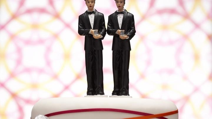 Жадность ирландцев сгубила: Мужчины вступили в однополый брак, чтобы не платить налог