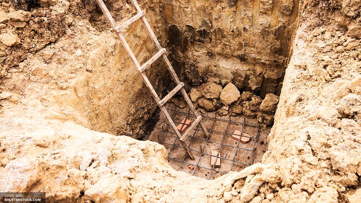 В Турции черные археологи пытались продать древнюю гробницу со скелетом