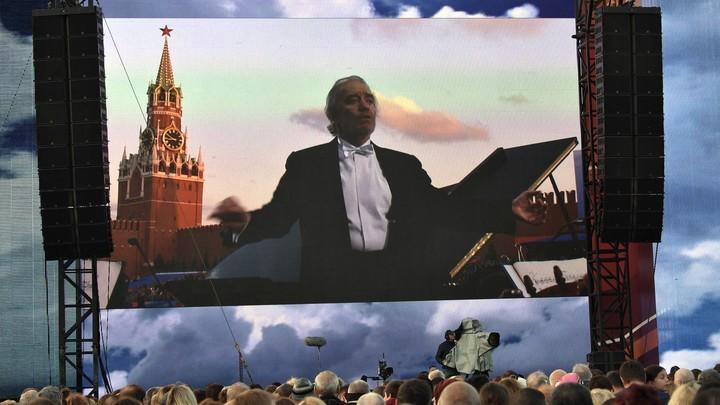 Гергиев не отменял, а не планировал концерты в Германии - представитель театра