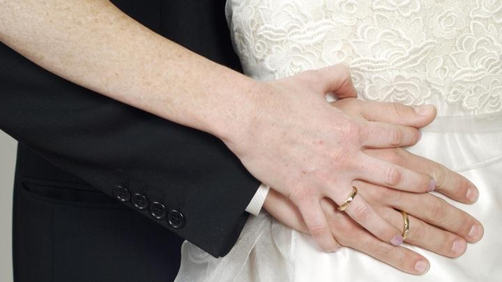 Как максимально эффективно найти мужа: Специалисты назвали три современных способа поиска суженого