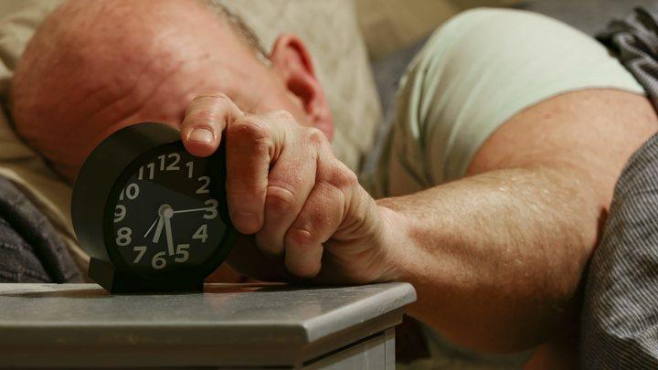Снижает риск сердечного приступа на 45%: Ученые назвали разницу между вредным и полезным дневным сном