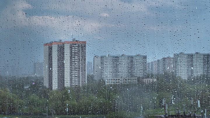Ура, дождь: в Челябинске Ленинский район захлебывается от воды
