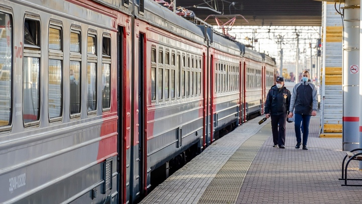 Несколько поездов из Челябинска отменяют из-за коронавируса
